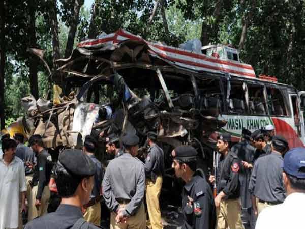 Pak-Bus-Blast1