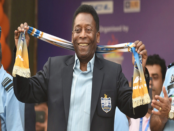 New Delhi: Brazilian football legend Pele reacts during the Under-17 boys final match of the Subroto Cup at the Ambedkar Stadium in New Delhi on Friday. PTI Photo by Vijay Verma   (PTI10_16_2015_000225B) *** Local Caption ***
