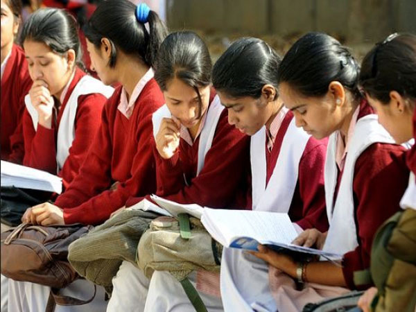 girls-students2