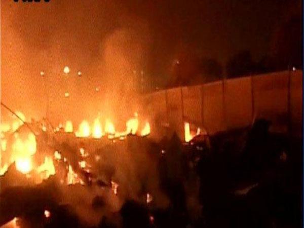 delhi-fire2
