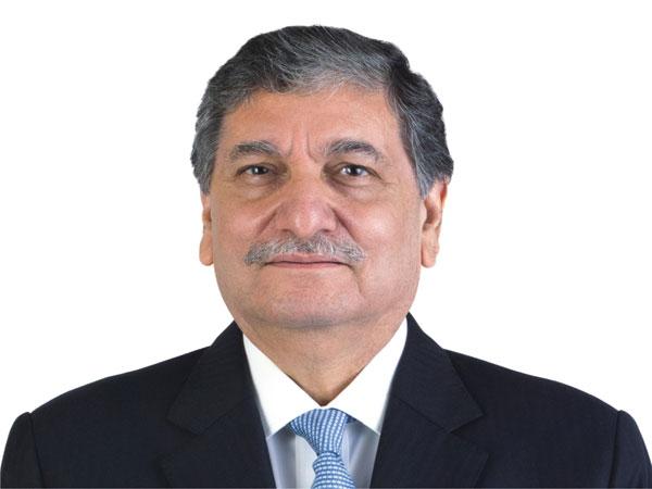 ishaat-hussain2